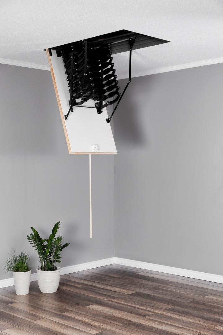 Таванска стълба тип капандура Flex Termo сгъната