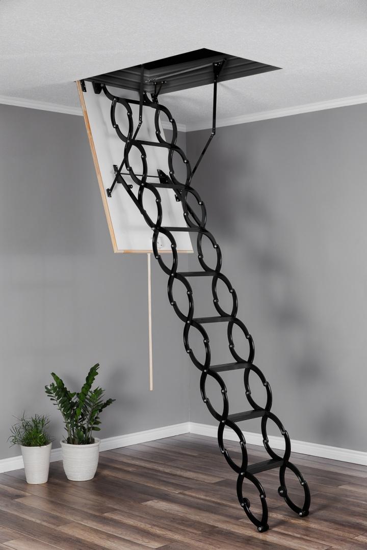 Таванска стълба тип капандура Flex Termo разпъната