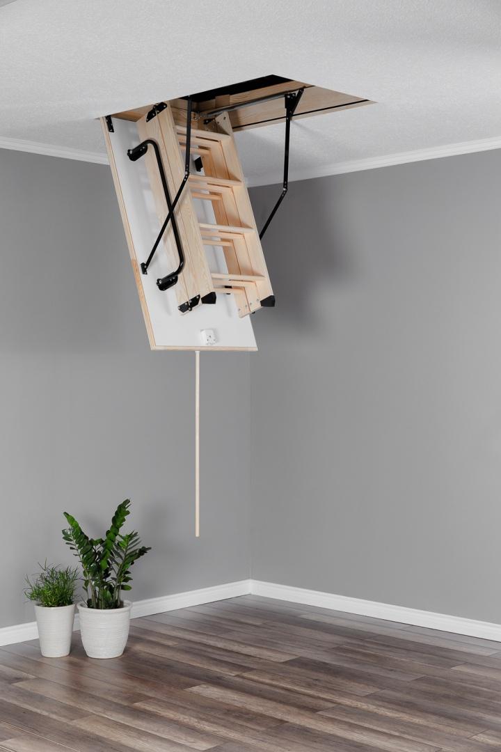 Таванска стълба тип капандура дървена Termo сгъната